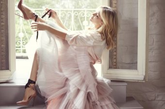 Kate Hudson stunning in Jimmy Choo's New Campaign !