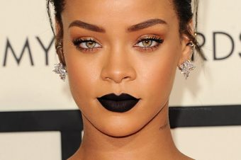 MAJOR ALERT |Rihanna lance sa propre ligne de make-up ?