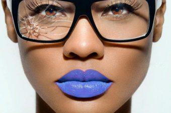 Thème de la semaine: Le rouge à lèvres – l'arme de séduction indispensable de la femme.