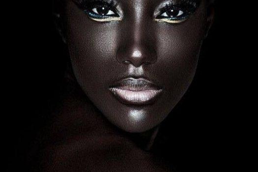 Question beauté : Peut-on utiliser de l'huile visage sur une peau grasse ?